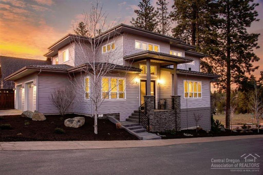 Custom Homes For Sale Bend | Custom Home Builder | Sienna Building
